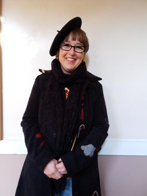 Carmen, profesora de español, co divertido estilo de Almería
