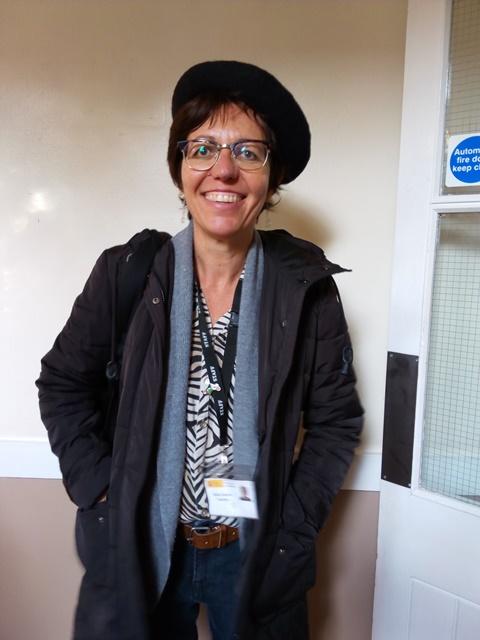 Silvia, profesora de francés, ao mellor estilo de Nerja